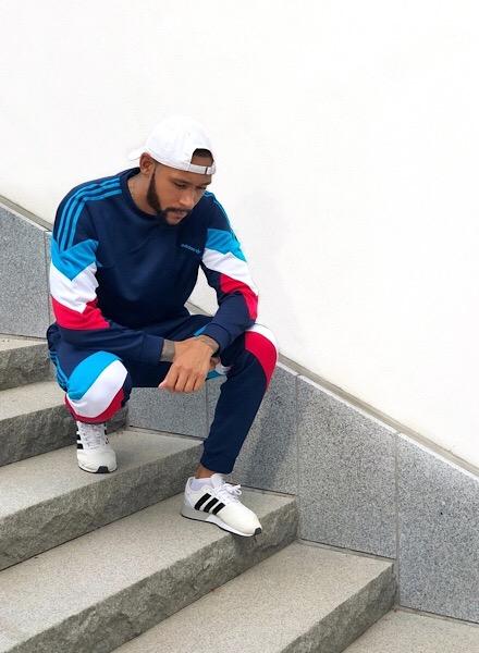 Bryan Massa i en outfit från adidas
