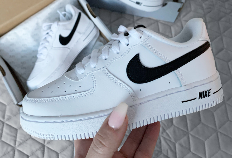 Nike Air Force 1, Evvestaar, mamma-influencer, mors dag